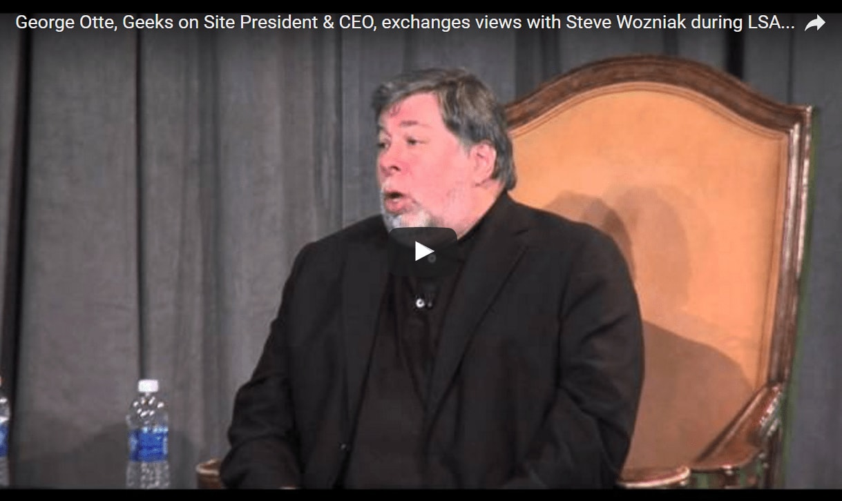 George Otte, Geeks on Site President & CEO, exchanges views with Steve Wozniak during LSA 14